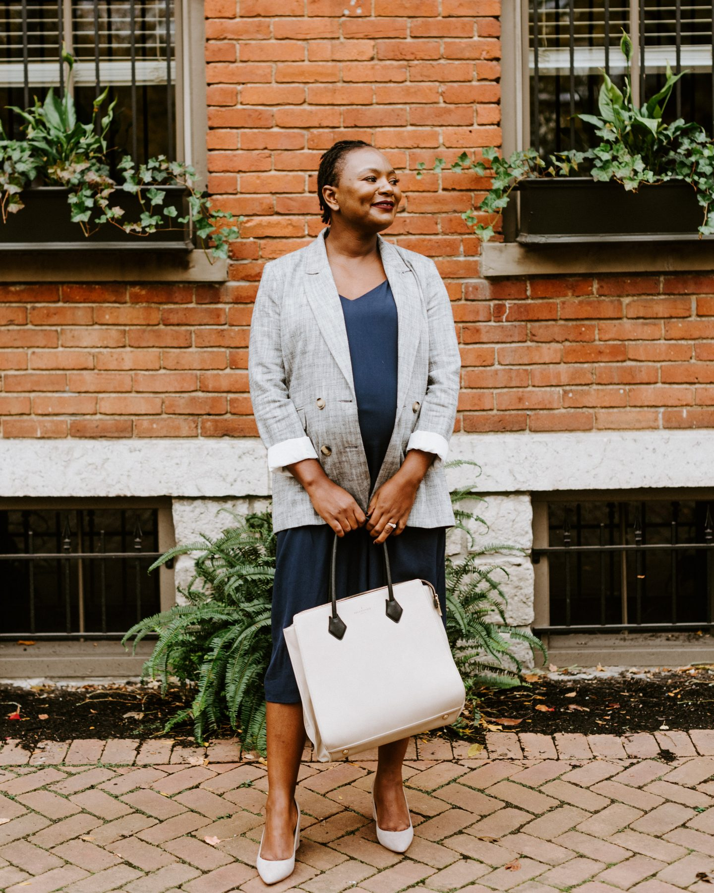 what to wear to work when pregnant